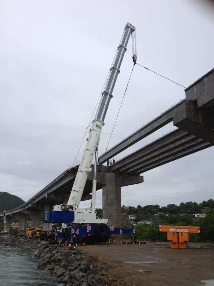 traslado de vigas para puentes