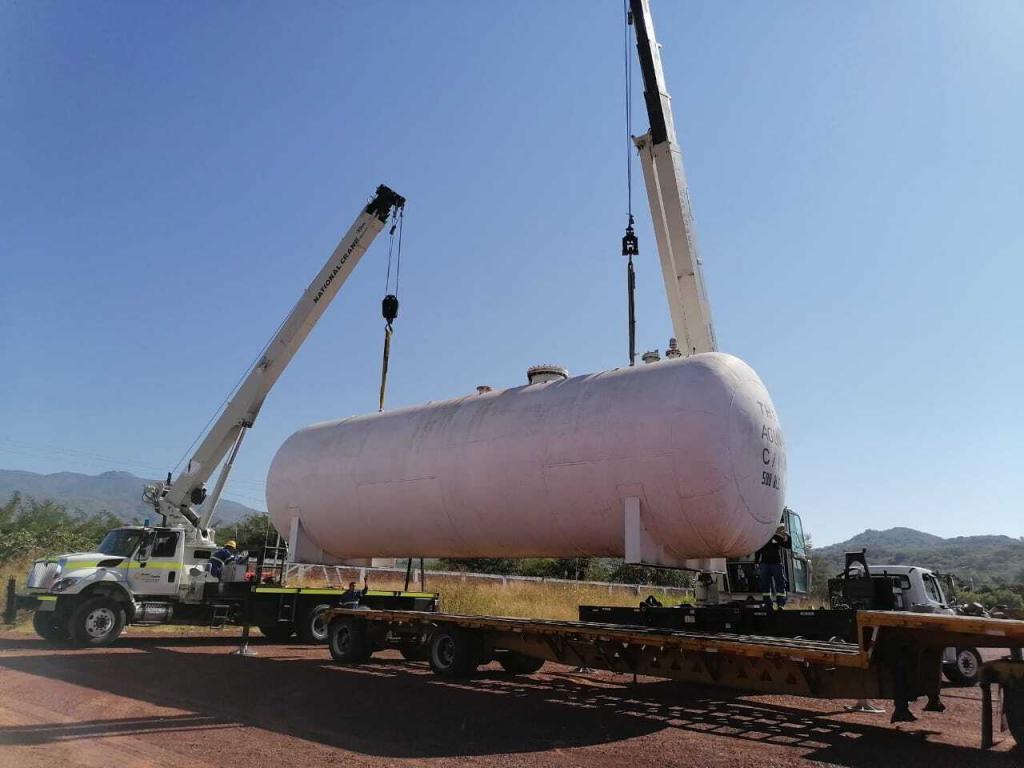 carga y descarga de tanque